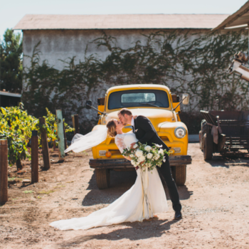 YellowTruck_WeddingPhoto3